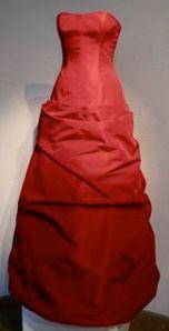 Röd bröllop klänning. Fest tal gratis