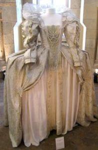 rokoko klänning. Gratis tal bröllop på Talakuten